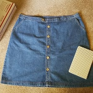 20 W CJ Banks denim denim skirt